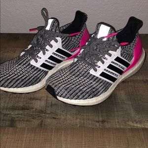 youth 6 brand new ultra boosts!